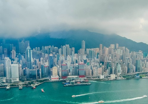 Sky-100-Victoria-Harbor-Hong-Kong-Skyline
